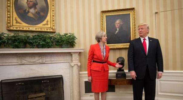トランプ大統領とメイ首相の会談